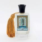 Fabriquée à Grasse, l'eau de parfum Relique d'amour Oriza L. Legrand chez Ambassade Excellence, 120euros. www.ambassade-excellence.com