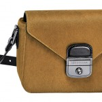 Sac Pénélope bi-matière, cuir de vachette velours et lisse, Longchamp, 620euros. http://fr.longchamp.com/