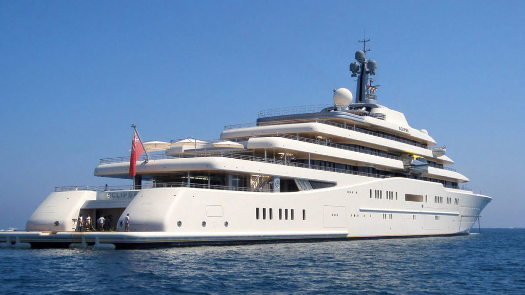 2.Abramovich-Yacht-Eclipse-021