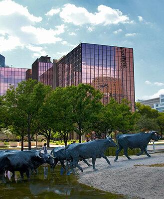 9fc1e635d2a65bb0be0677e62b36c264--pioneer-plaza-dallas-texas